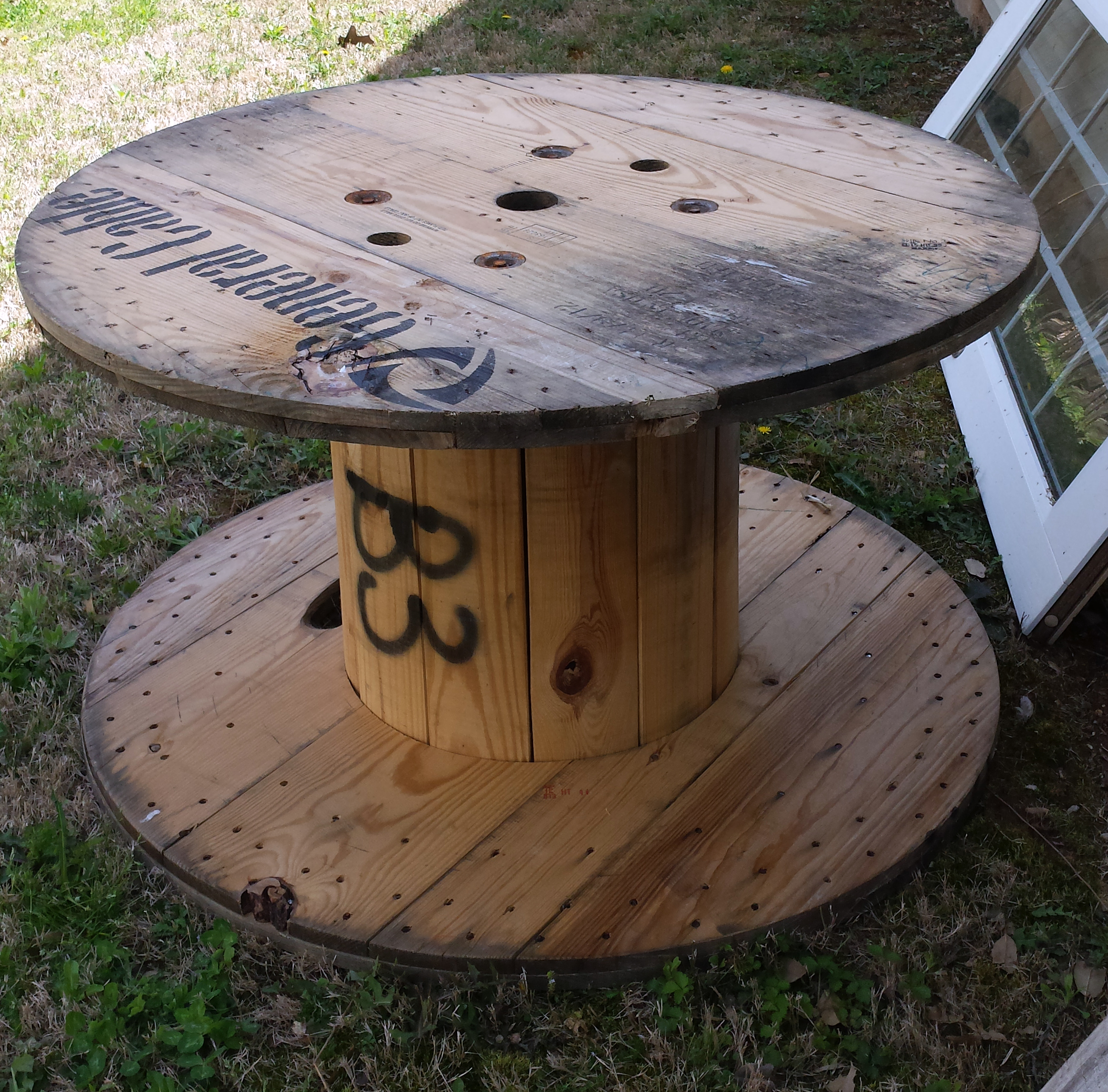 Wooden cable spools on pinterest wooden spool tables wire spool - Things I Love Thursday Wooden Spools The Hamby Home